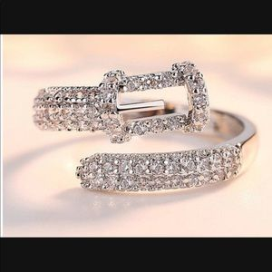 White gold plated buckle ring